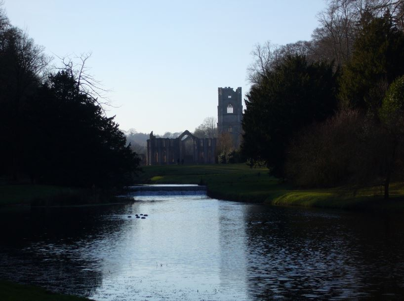Fountains Abbey low-res